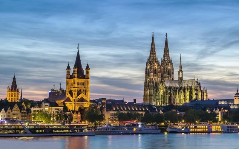 Hotel Lyskirchen Köln -  Karneval in der Altstadt