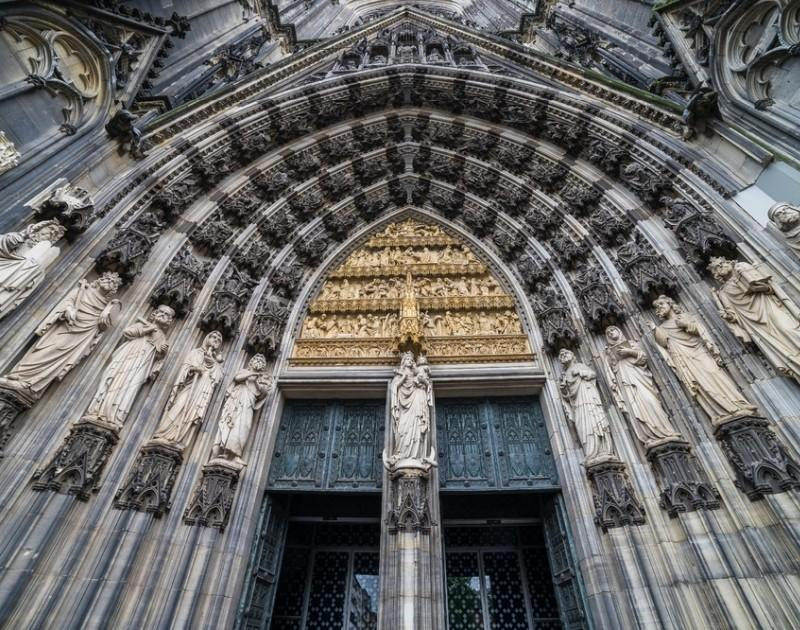 Der Eingang vom Kölner Dom