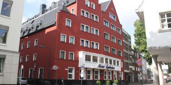 Hotel_Fassade_Lyskirchen