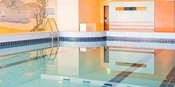 Schwimmbad_Hotel_Lyskirchen